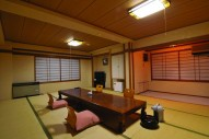Kawamotoya Ryokan – (Moderate)